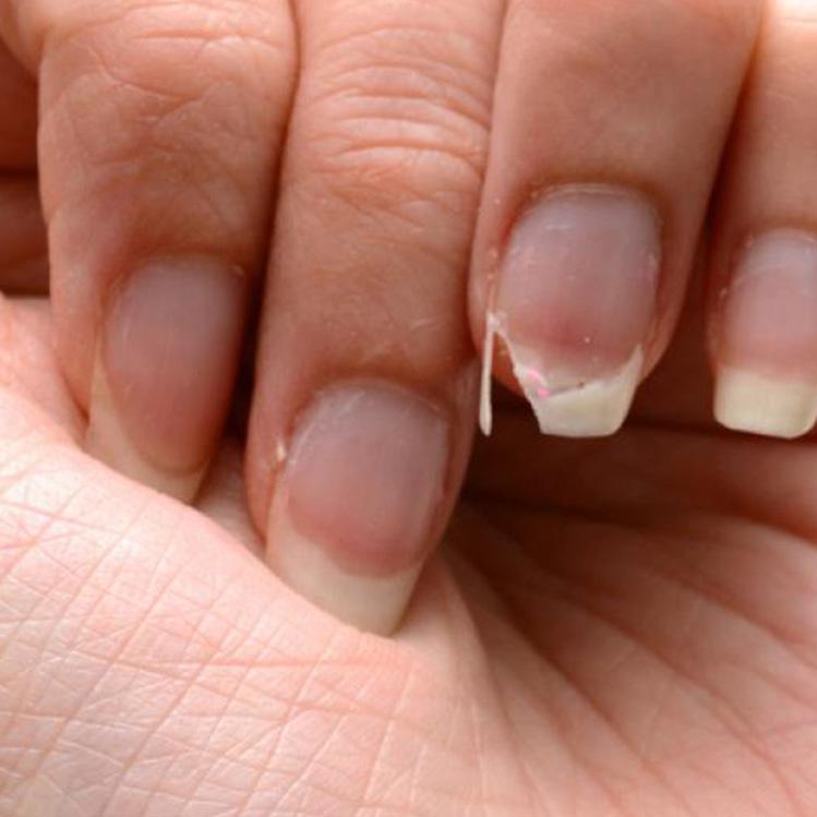 7 astuces pour rendre vos ongles plus forts et plus forts